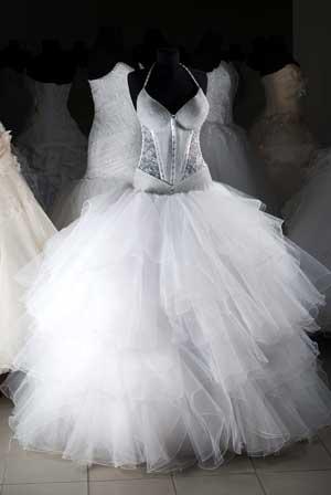 מעצבי שמלות כלה